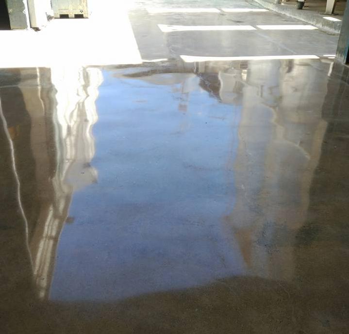 betonpadló polírozás után