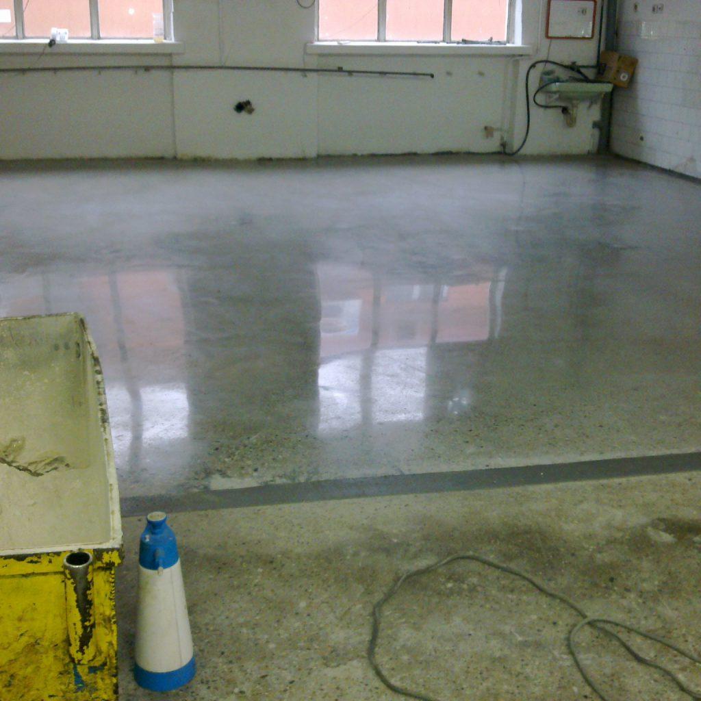 betoncsiszolás után